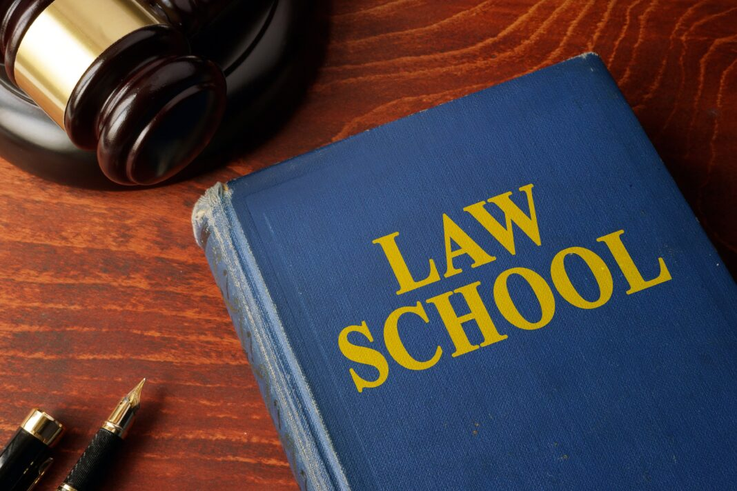 Quantifying The Rise In Law School Applications